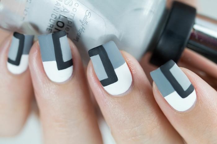 como hacer uñas acrilicas según las últimas tenencias en uñas decoradas, uñas en gris, negro y blanco con elementos geométricos