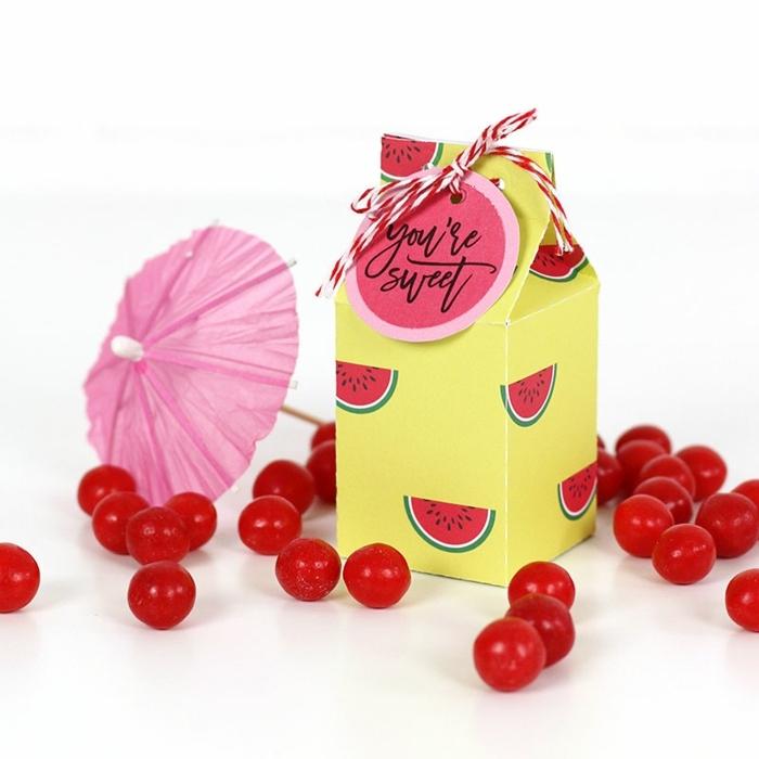 como decorar una caja de carton paso a paso, cajas de cartón decoradas con papel estampada