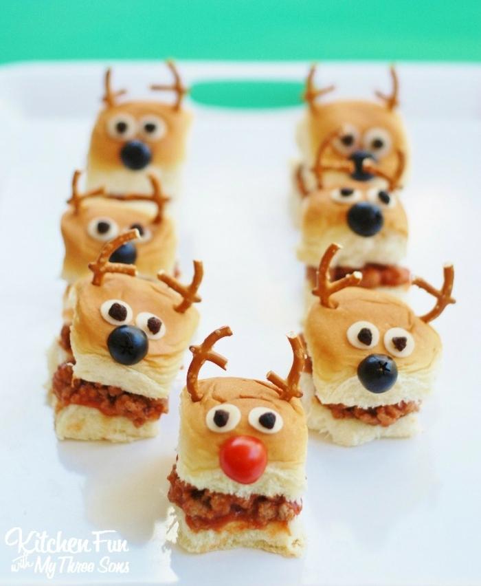 como hacer canapés navideños personalizados, entrantes fáciles y rápidos para hacer en casa