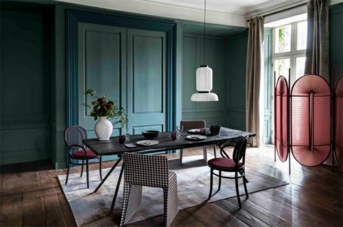 decoración de interiores 2019, salón de encanto decorado en tonos oscuros, ideas sobre como pintar una habitacion de dos colores