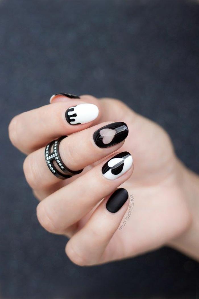 bonitos diseños de uñas acrilicas o de gel, uñas decoradas en blanco y negro con detalles originales