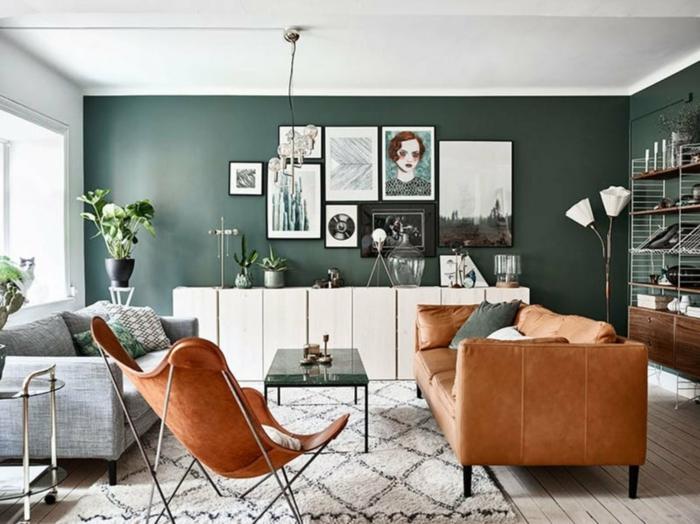 salones de diseño 2019, ultimas tendencias en decoracion de paredes, paredes decoradas en verde oscuro, muebles en estilo vintage