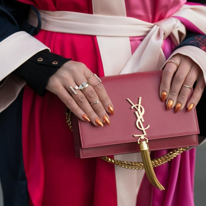 acrilico para uñas en colores tendencia, otoño invierno 2018 2019, uñas largas pintados en color cobrizo