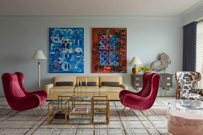 decoración paredes color blanco roto y azul claro, precioso salón con muebles de diseño en estilo vintage