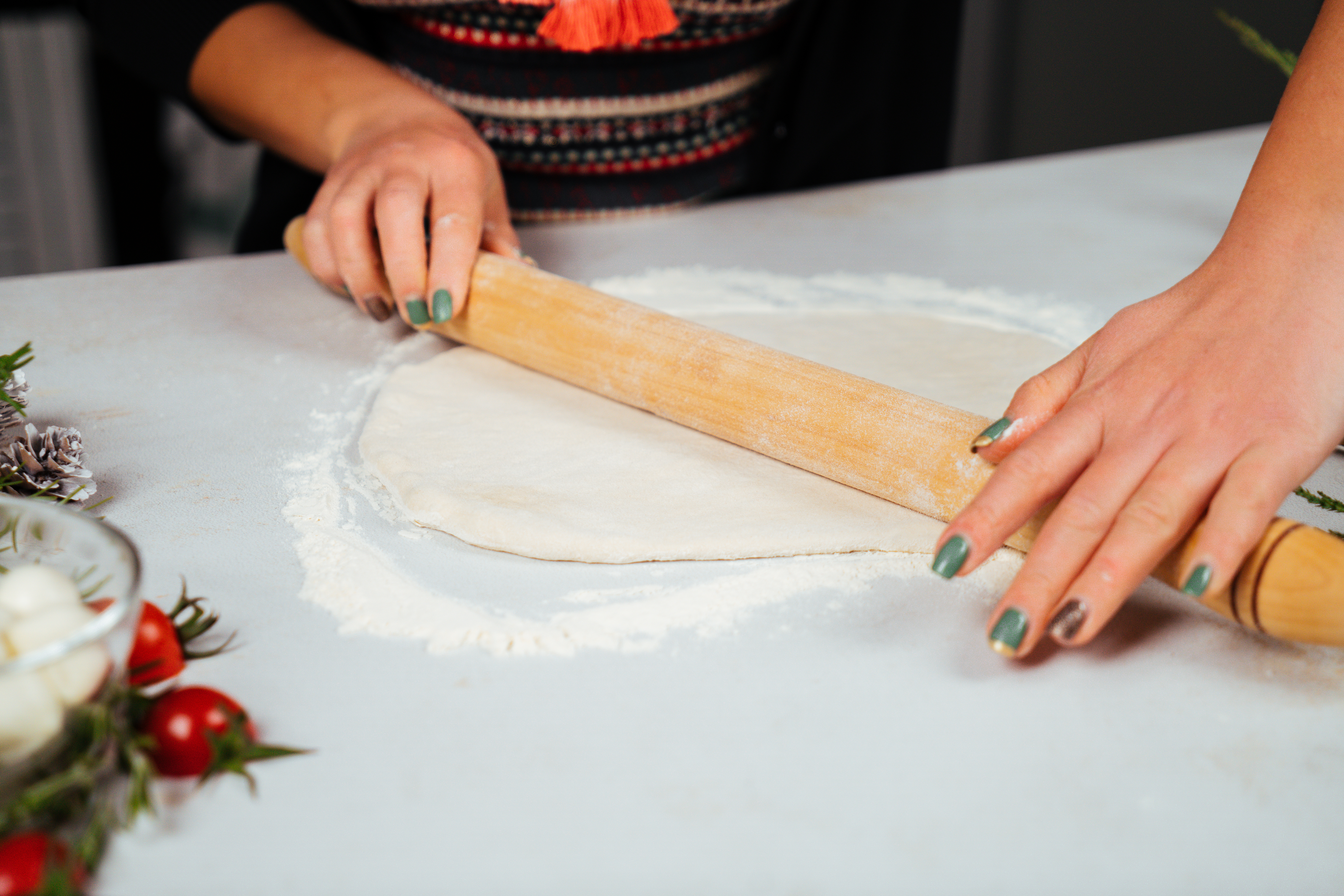 pasos para hacer una empanada de hojaldre, ideas de recetas con hojaldre fáciles y rápidas para un menú navideño