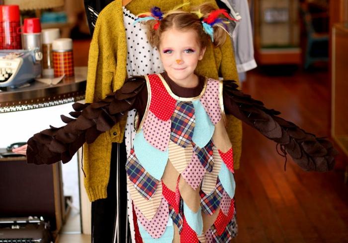 disfraces faciles y rapidos para pequeños y adultos, disfrace DIY hecho con retazos de tela,pequeño pájaro