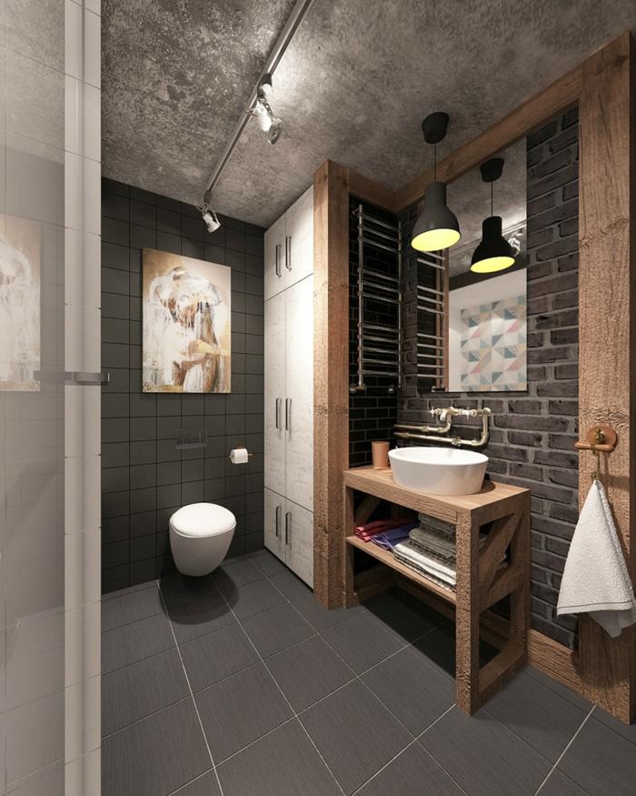 baño gris con baldosas, techo de hormigón y detalles de madera, diseño de baños estilo industrial 2018