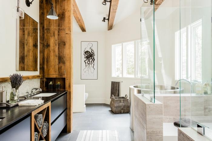 decoración de baño en estilo rústico moderno, espacio decorado en blanco, cabina de ducha, techo con vigas