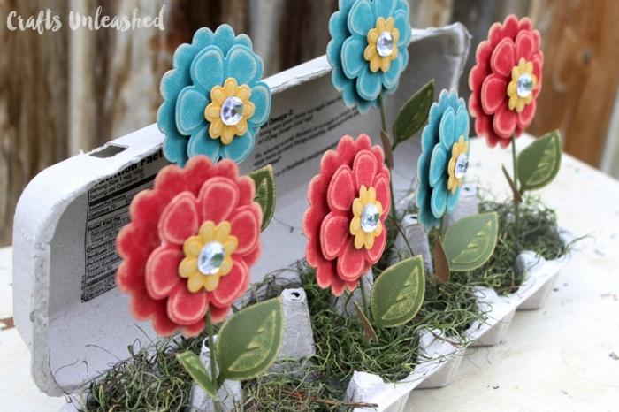 jardineras DIY hechas de cartón reutilizado, manualidades con cajas de carton, bandejas para huevos y rollos de papel higiénico