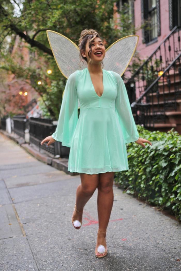 disfraz halloween casero super fácil, vestido en corto de seda en verde menta, ideas super fáciles Halloween
