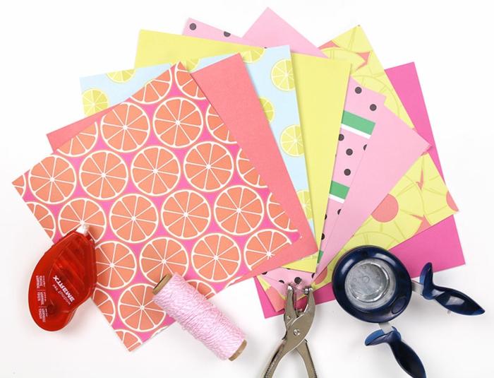papel estampada para decorar cajas de cartón, manualidades con tubos de carton, cajas de leche y bandejas