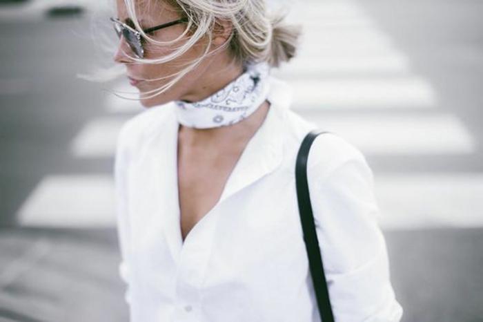 pequeño pañuelo de algodón en la cuello, pañuelos para la cabeza modernos, camisa blanca clásica