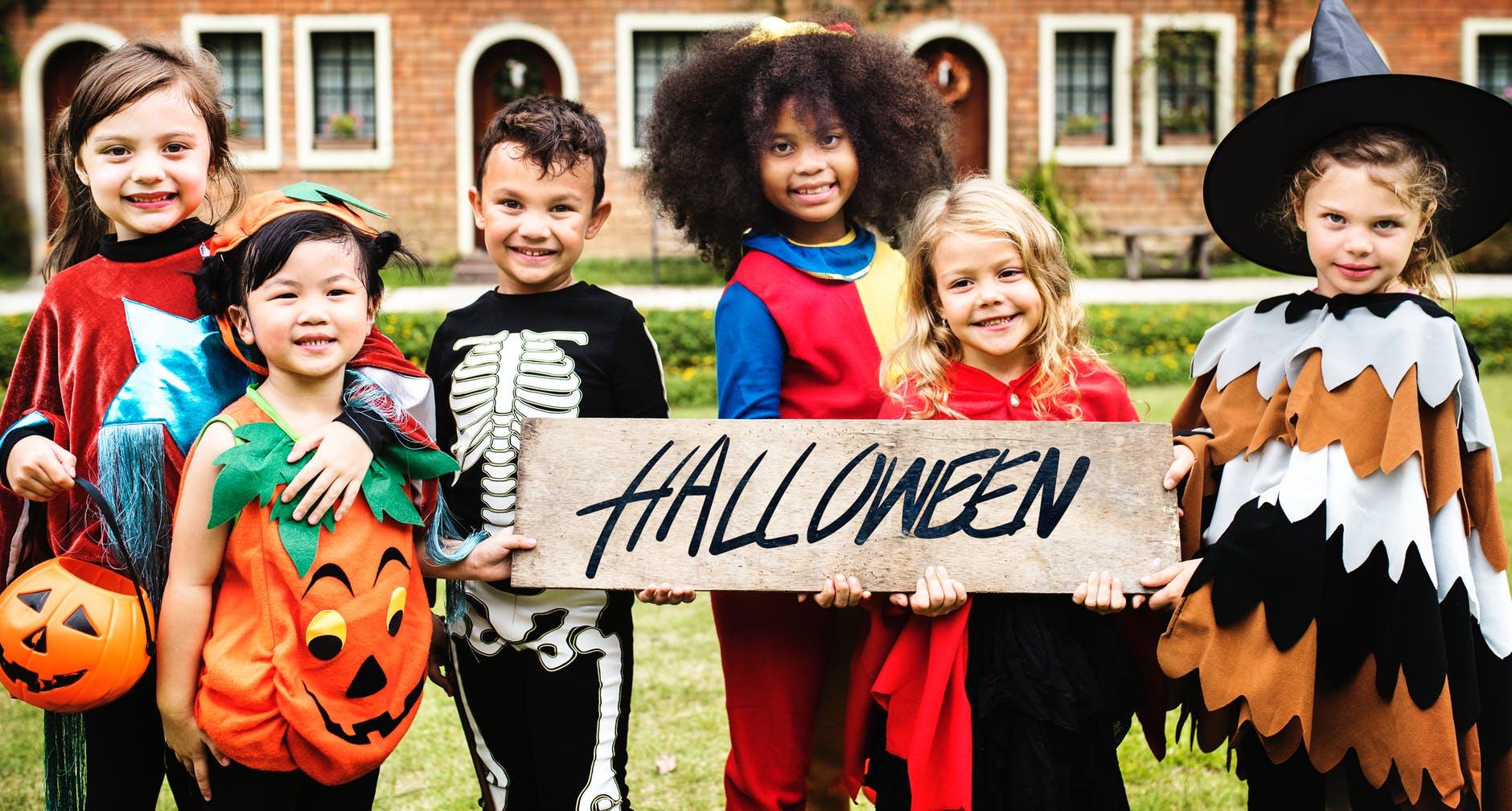 ingeniosas ideas de disfraces de halloween caseros hechos en casa, propuestas para los más pequeños