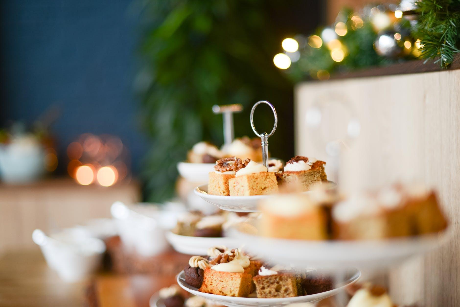como hacer entrantes navideños en casa, ideas de tapas ricas para Navidad con recetas paso a paso
