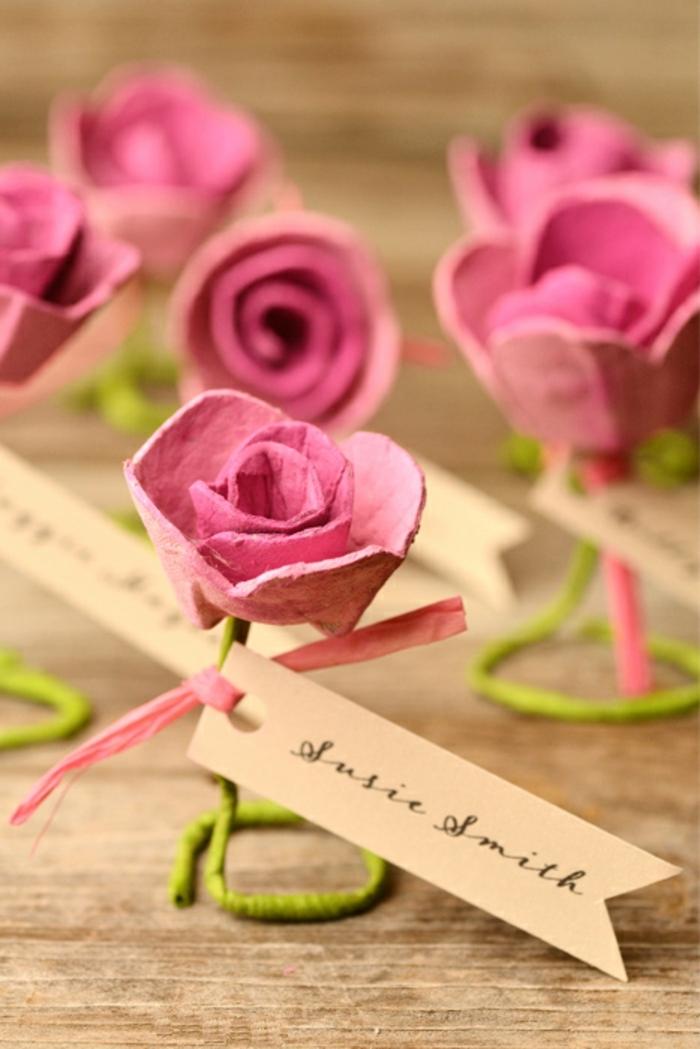 adorables propuestas de manualidades con rollos de papel higienico, cajas de cartón, bandejas y hueveras, rosas de cartón DIY