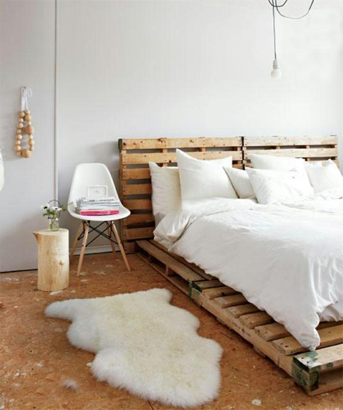 precioso dormitorio en estilo escandinavo con muebles DIY, ideas sobre como hacer una cama con palets
