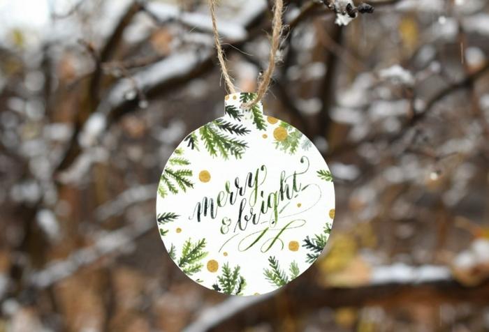 precioso adorno de cartulina de tu árbol navideño, tarjetas navideñas originales para hacer en casa