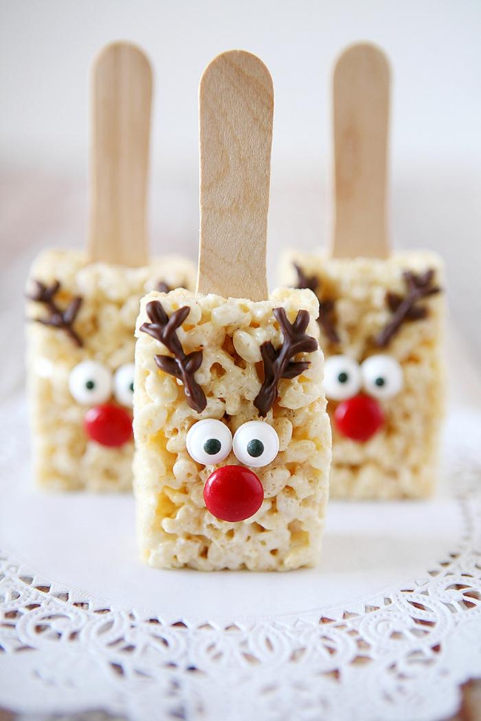 detalles bonitos decorados, postre de cereales decorado, postres navideños faciles, pequeños renos