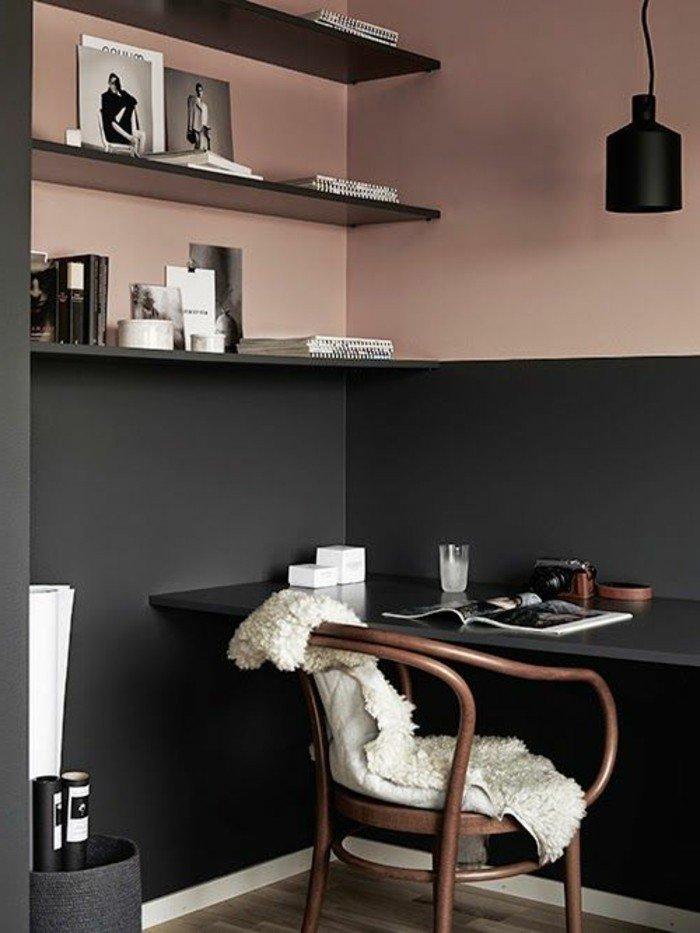 ejemplos de colores que combinan con gris, paredes en color salmón y gris oscuro, habitación oficina