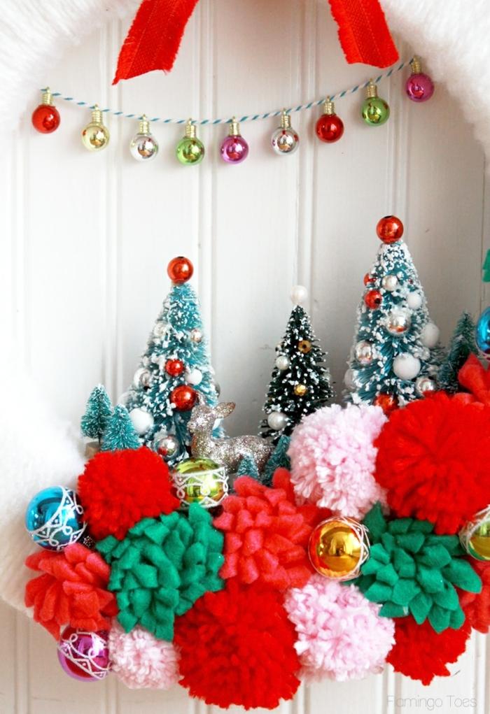 preciosa manera de adornar tu puerta o pared, adornos de navidad caseros con tutoriales paso a paso