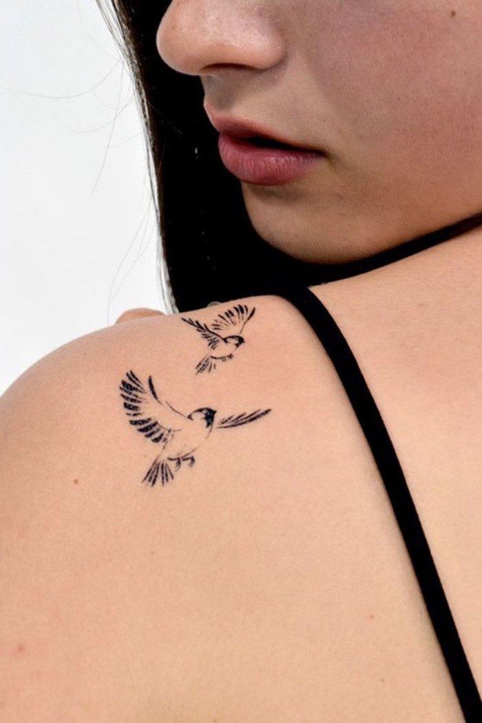 tatuajes pequeños con aves, tatuajes simbólicos para hombres y mujeres, ideas de tatuajes en imágines