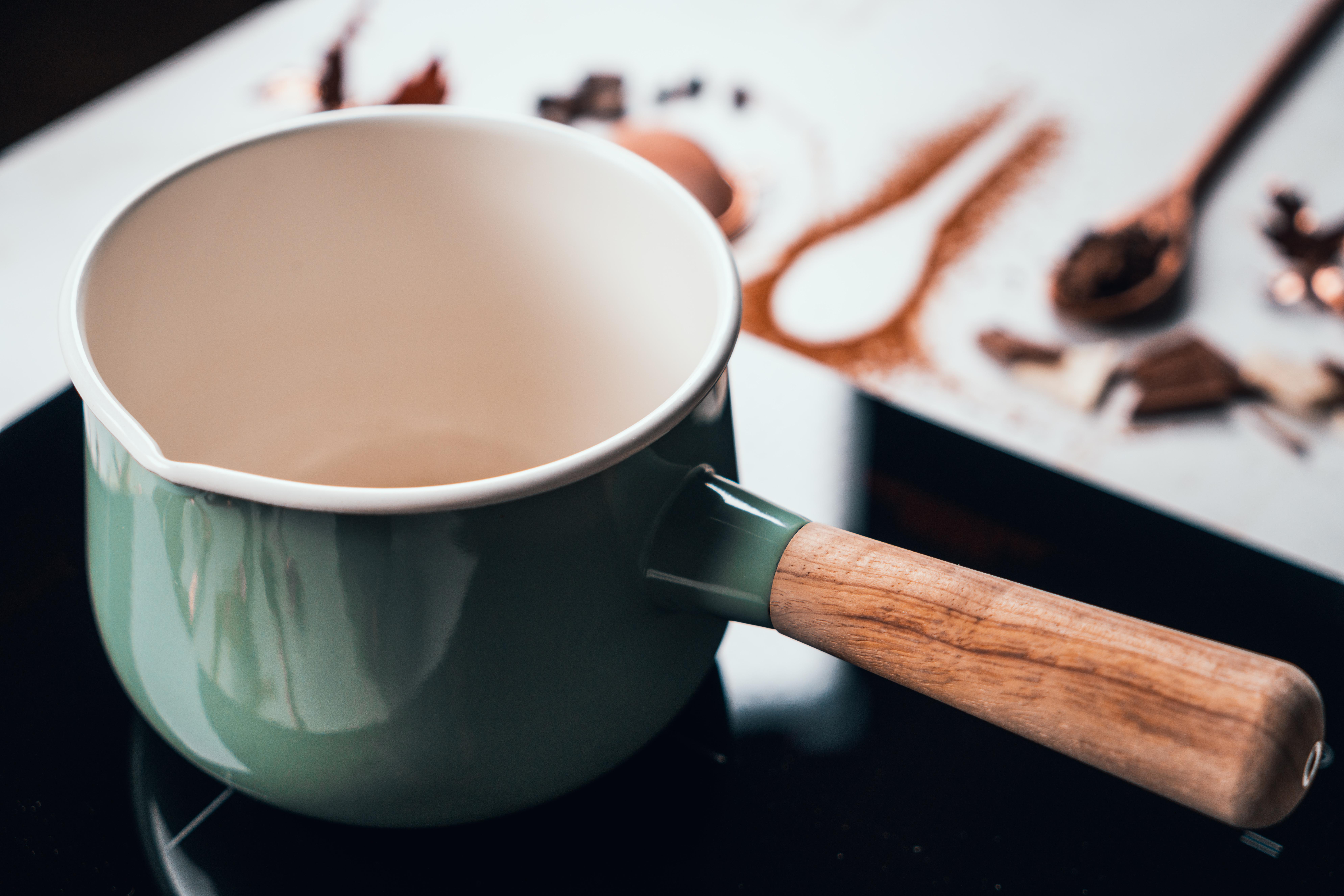 pasos para hacer un chocolate caliente en casa, las mejores ideas de bebidas calientes preparadas en casa en fotos