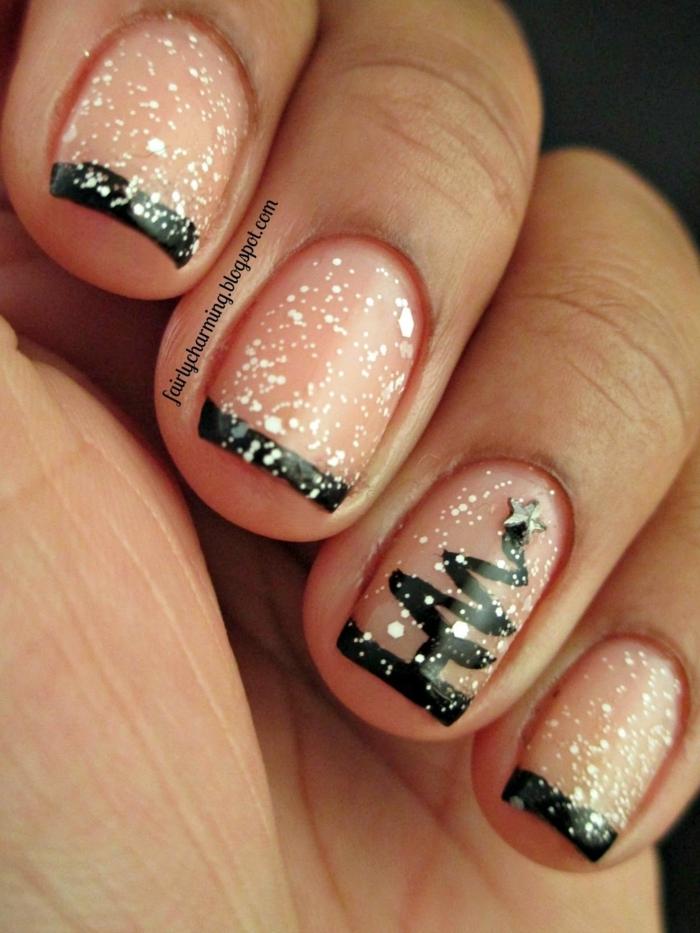 uñas francesas cortas con puntas en negro, decoración en blanco, diseños de uñas elegantes