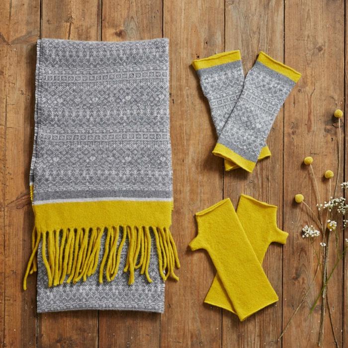 propuestas de regalos originales para amigas, guantes y bufandas en gris y amarillo bonitas para regalar