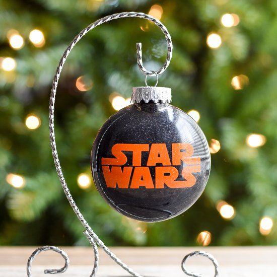 qué regalar a un hombre amigo invisible, regalos para los fans de Star Wars, bola de Navidad original, regalos amigo invisible 10 euros