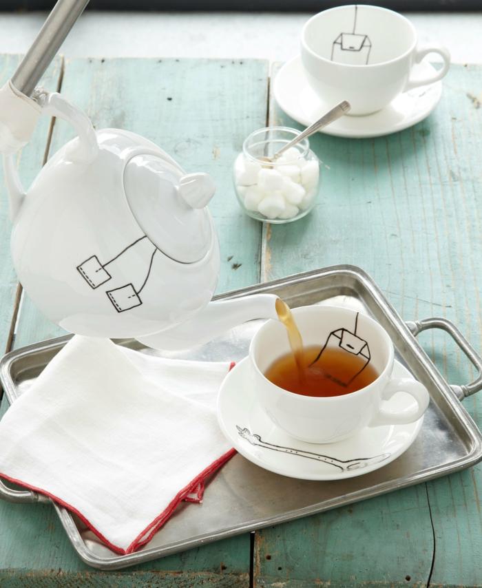 bonitas ideas de regalos para amigo invisible, tazas de té y tetero personalizado, originales propuestas regalos navidad