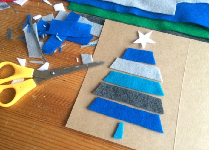 ideas de postales navideñas super originales para hacer en casa, árbol de Navidad hecho de fieltro en diferentes colores