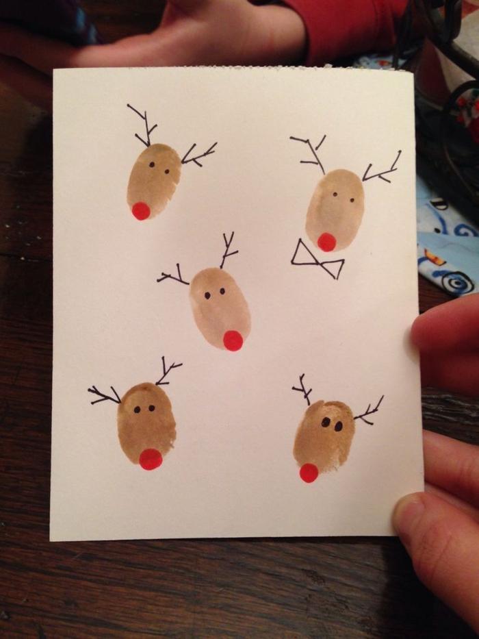 postales navideñas personalizadas para hacer en casa con tus pequeños, dibujos hechos con huellas dactilares
