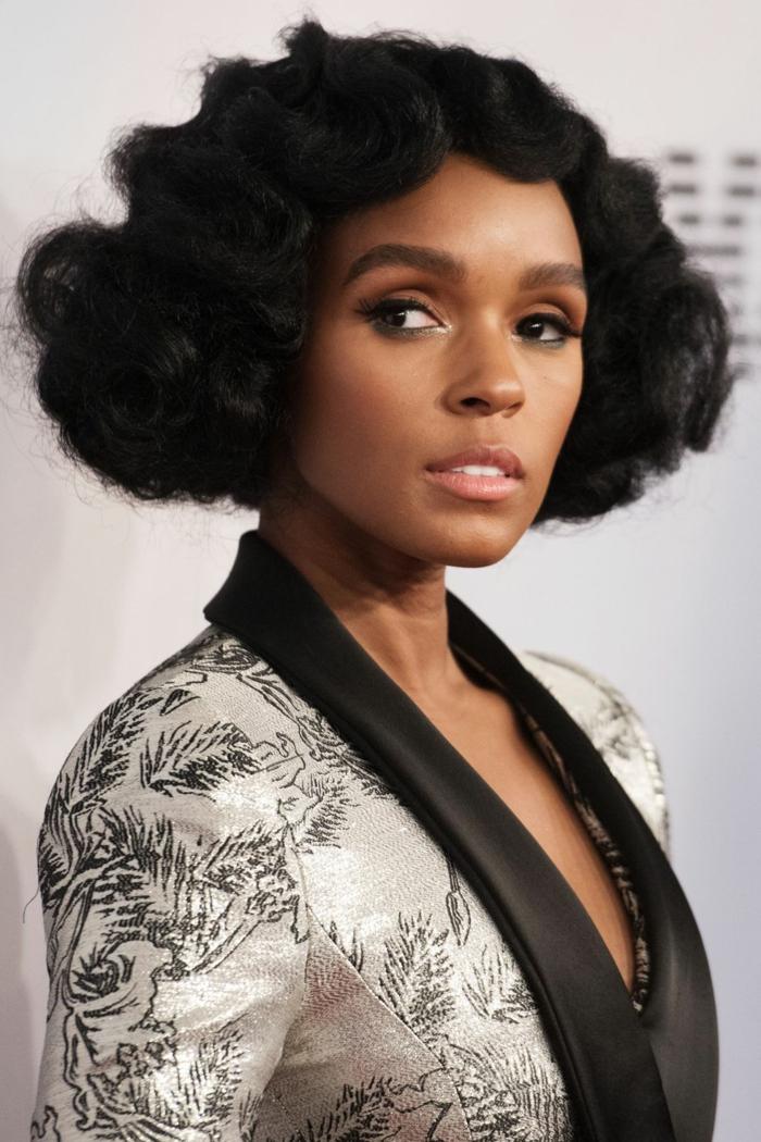 los mejores peinados para pelo ondulado corto, peinado glamuroso, cabello negro en ondas