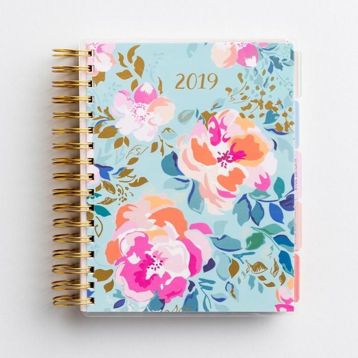 bonito cuaderno para el 2019, regalos amigo invisible 10 euros, ideas de regalos para Navidad para mujeres