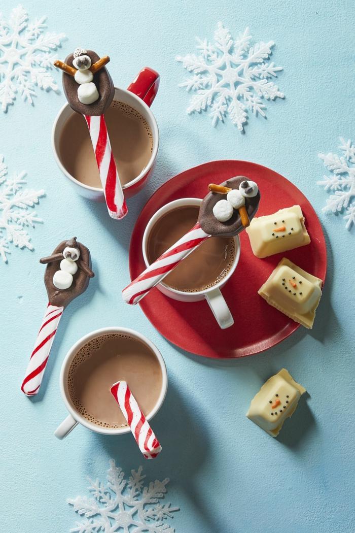 recetas de navidad sencillas y economicas que le gustarán a tu pequeño, chocolate caliente con cucharadas de chocolate