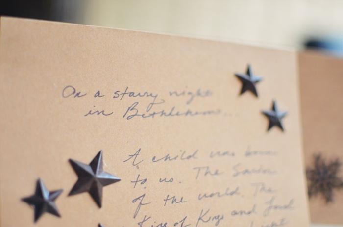 ingeniosas ideas de como hacer tarjetas de navidad, motivos navideños pequeños en forma de estrella para adornar tus tarjetas DIY