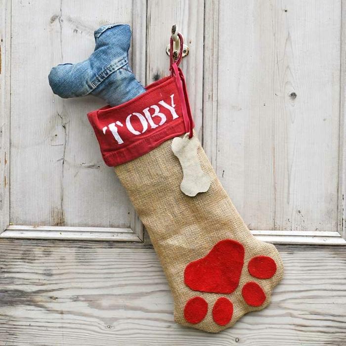 ideas originales sobre como adornar la casa en navidad, adornos hechos a mano para tu mascota