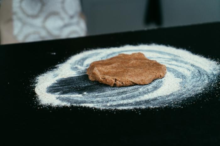 masa de harina y manteca paso a paso, tutoriales de recetas fáciles y rápidas para un postre navideño en fotos