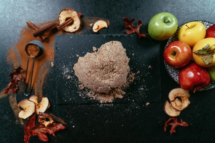 como preparar tarta de manzana paso a paso, tarta casera de harina integral, masa para hacer una tarta paso a paso