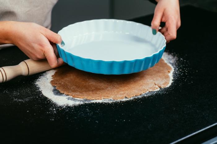 ideas para preparar recetas fáciles y rápidas con masa de hojaldre, fotos con los etapas de la receta paso a paso
