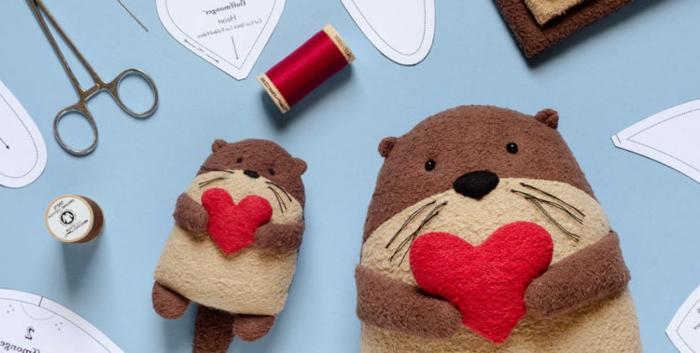 preciosos juguetes navideños para adornar el árbol en Navidad, adornos DIY hechos de tela