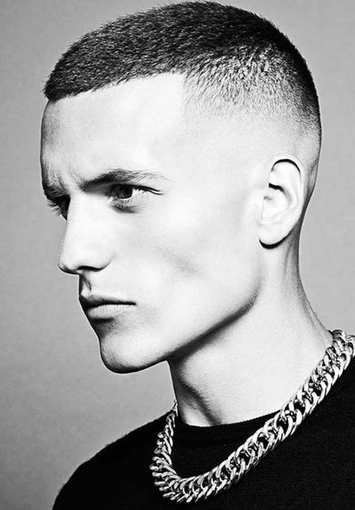 imágines de cortes de pelo rapados hombre en estilo militar, ideas de peinados y cortes para pelo muy corto