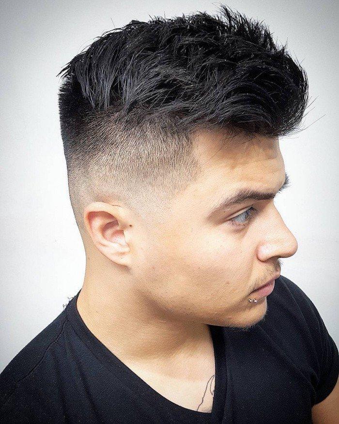 peinados para hombre 2018, cabello negro con franja larga, cortes de pelo hombre para cada longitud del pelo