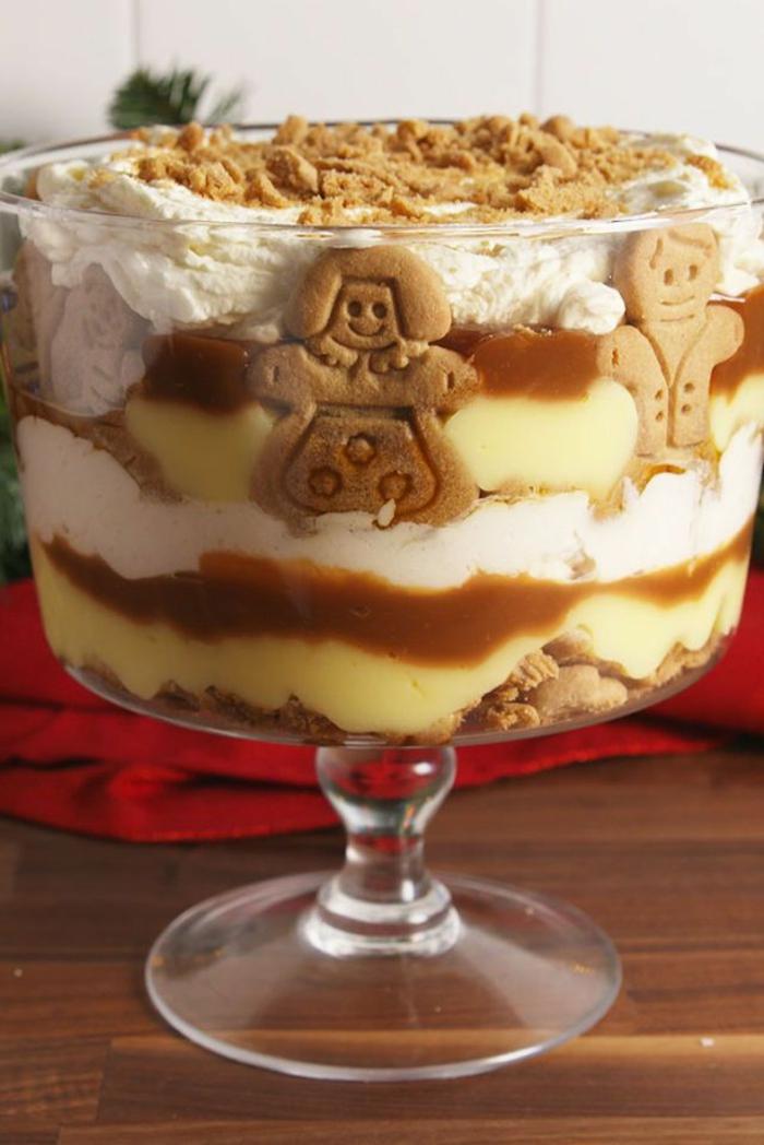 postres navideños fáciles rápidos y originales, crema de vainilla, nata espesa y galletas jengibre