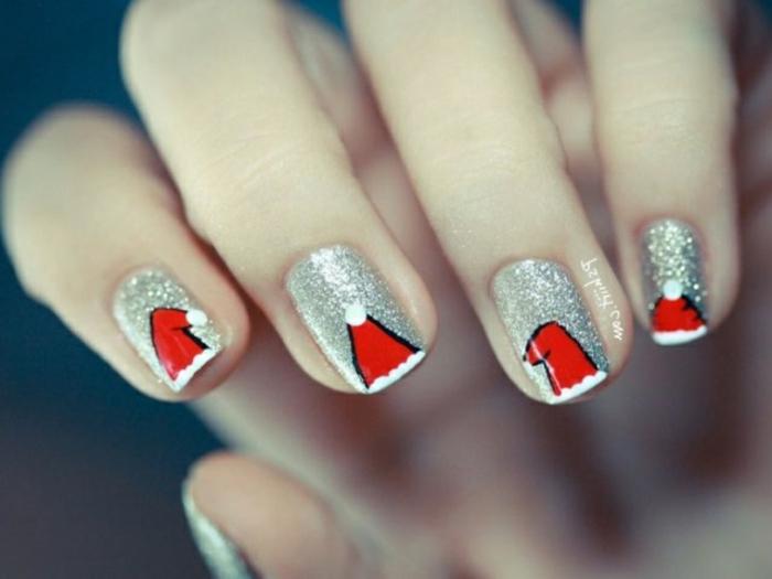 diseños de uñas super fáciles para Navidad, uñas cortas en plateado con dibujos de gorras rojas