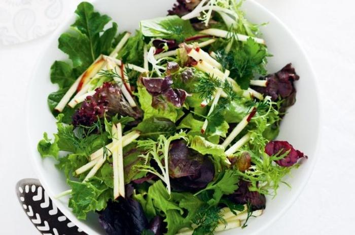ensaladas navideñas verdes con vinagreta, propuestas originales de ensaladas verdes frescas y ligeras