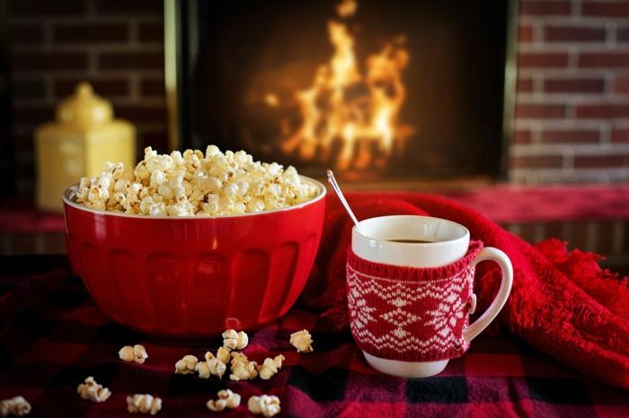 qué es la Naividad sin comida, fotos de navidad acogedoras para descargar, palomitas y chocolate caliente