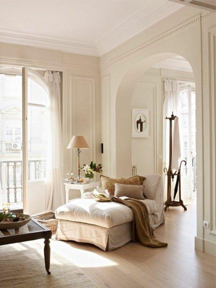 ideas de decoración salón pequeño en bonitas imágines, rincón de lectura acogedora, decoración en blanco