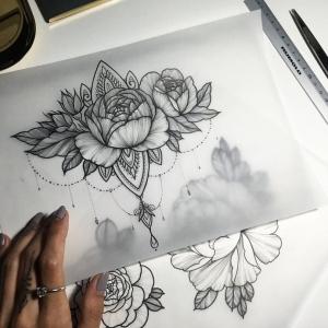 El tatuaje de flor - ¿cómo escoger el diseño y cuál es su significado?