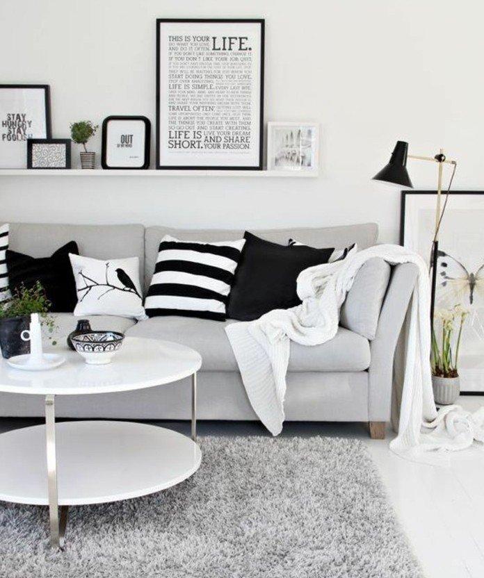 habitacion gris y blanca en estilo contemporáneo, muchos detalles decorativos, salon decorado de diseño